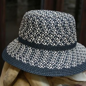 Saks Fifth Avenue Black Label Accessories - SOLD Saks Fifth Avenue Black Fedora Panama Hat